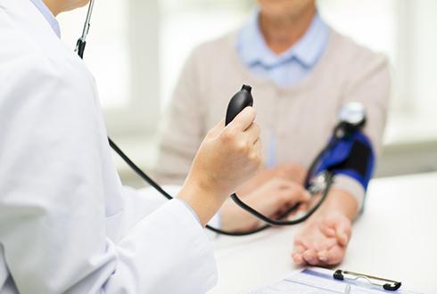 의사처럼 정확하게 혈압 재는 인공지능(AI) 나왔다