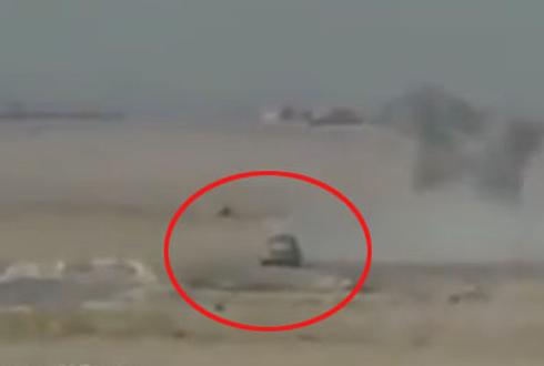 IS 자살폭탄 트럭 달려오자
