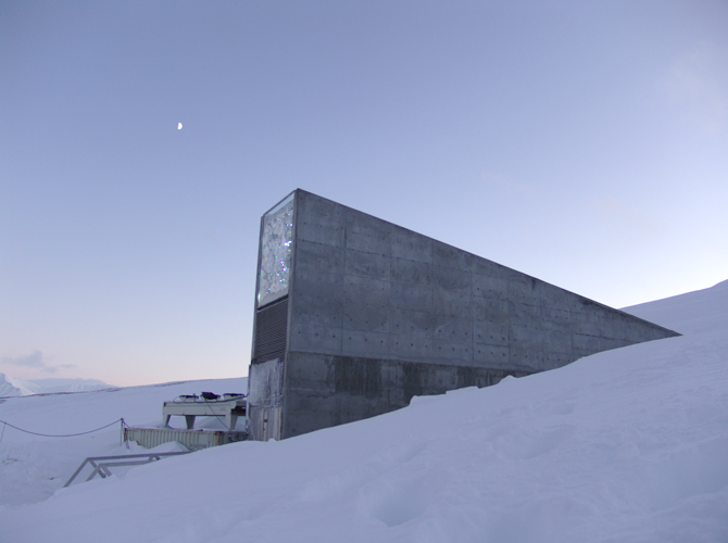 노르웨이가 세계 최초로 만든 스발바르 국제종자저장고의 입구. 이곳에는 주로 식량작물의 종자를 보관한다. - Landbruks-og matdepartementet 제공