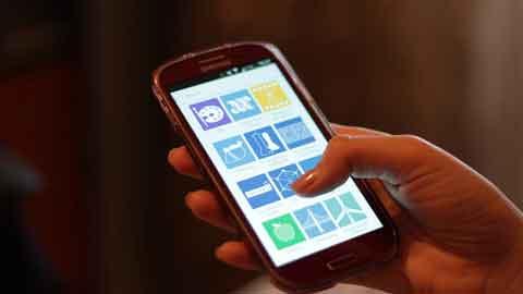 잠자리 들기 전 스마트폰 사용, 우울감·자살경향성 높인다