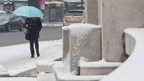 [27일 날씨] 설 연휴 첫날, 전국 눈 또는 비…서울 아침최저 -5도
