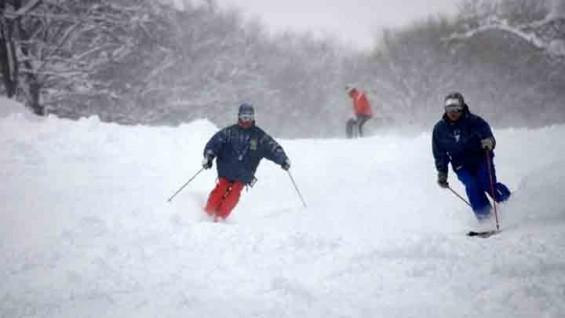 한국 스키장 눈은 딱딱하고 일본 눈은 보송보송한 이유