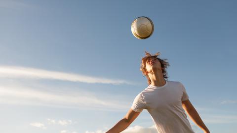 [위기탈출 넘버3] 뇌진탕 위험있는 인기 스포츠 3가지