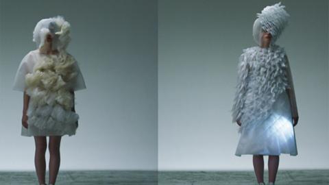 [미래 패션]사람 표정에 반응하고 움직이는 드레스