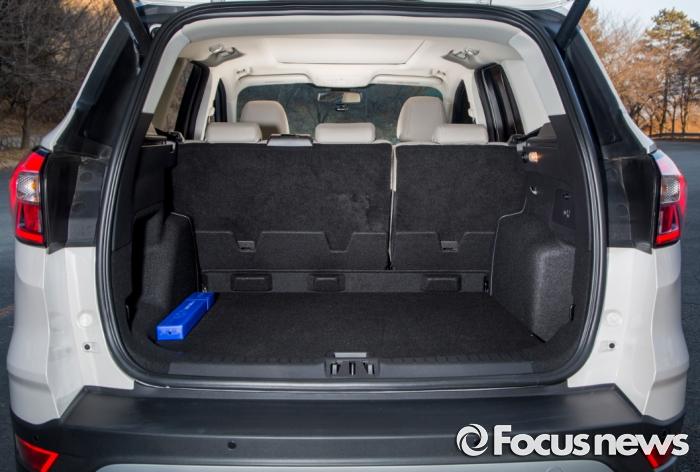 포드코리아의 2017 뉴 쿠가의 트렁크. - 포드코리아 제공