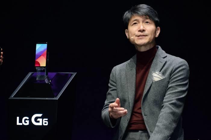 G6 소개하는 조준호 LG전자 사장 - LG전자 제공