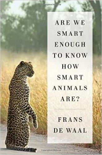 영장류학자 프란스 드 발은 지난해 출간된 저서 '우리는 동물들이 얼마나 똑똑한지 알 수 있을 만큼 똑똑할까?'에서 동물 인지연구의 역사를 흥미로운 일화를 곁들여 서술하고 있다. - amazon.com 제공