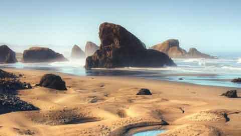 지구 밖 풍경? 신비로운 바닷가 '화제'