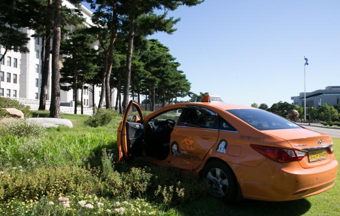 서울시에서는 꽃담황토색으로 택시를 도색하도록 권장하고 있다.  - 포커스 뉴스 제공