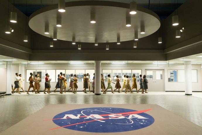 주로 아프리카계 미국인 여성 수학자들이 일했던 랭글리 연구 센터 내 구조 역시, 영화 속에서 그대로 재현 됐다.  - (주)20세기폭스사 제공