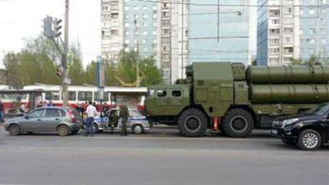 탄도 미사일 발사 차량의 교통사고 '포착'