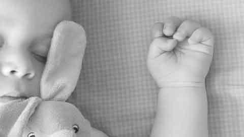 영유아 로타 집단감염에 불안한 엄마들…예방백신 효과는?