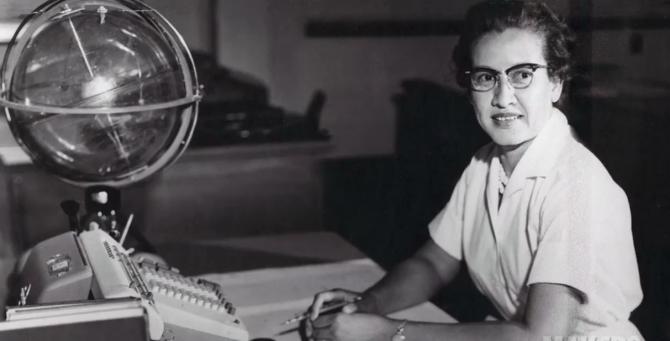 NASA에서 일할 당시 실재 캐서린 존슨의 모습