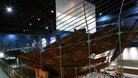 700년 전 바다 속 타임캡슐 '신안선' 해저문화재, 40년 만에 신안선과 만나다