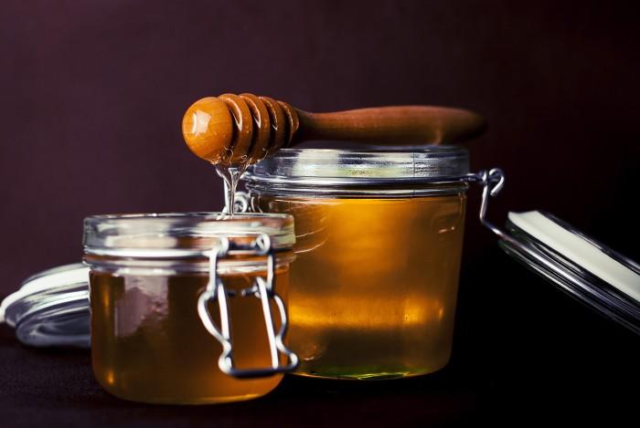 보툴리누스균의 독소가 퍼진 꿀을 영아가 먹은 경우, 아이는 죽음의 위협을 받을 수도 있다. - Pixabay 제공