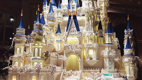 7m 높이, 예술가 정신이 빛나는 웨딩 케이크