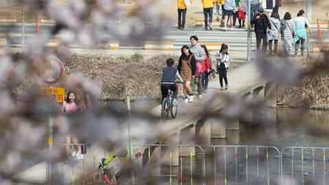 [28일 날씨] 전국 대체로 맑고 일부 소나기…미세먼지·자외선 주의