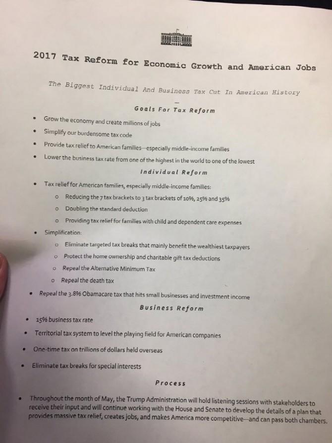 트럼프 행정부의 세제 개혁안 내용을 담은 메모