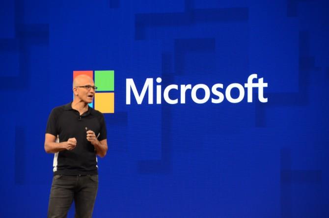 사티아 나델라 MS CEO는 키노트를 통해 클라우드와 인공지능 환경의 변화를 강조했다. - 최호섭 제공