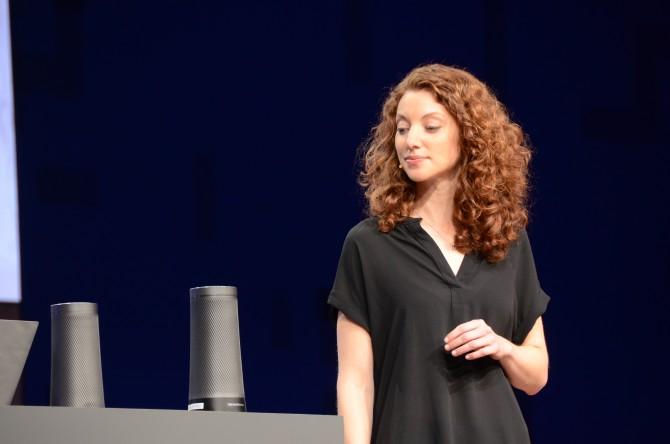 코타나는 윈도우PC를 벗어나 스피커, 자동차 등으로 확대된다. 물론 이 서비스는 오피스365를 비롯한 마이크로소프트의 서비스들과 연결된다. - 최호섭 제공