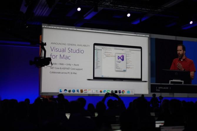 첫날 키노트는 윈도우보다 맥과 리눅스, 안드로이드 이야기가 더 많았습니다. MS에게 이 운영체제들은 이제 또 다른 시장입니다. - 최호섭 제공