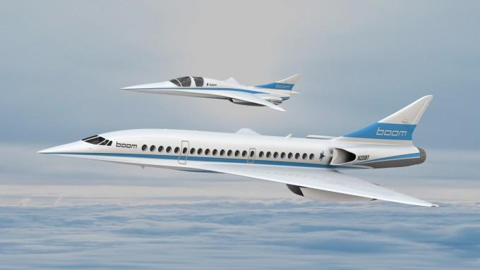 미국의 항공기 스타트업인 붐테크놀로지가 개발 중인 마하 2.2(시속 2335km)의 초음속 여객기 '붐'과 축소형 시험모델인 '베이비 붐(XB-1)'의 상상도. - 붐테크놀로지 제공 제공