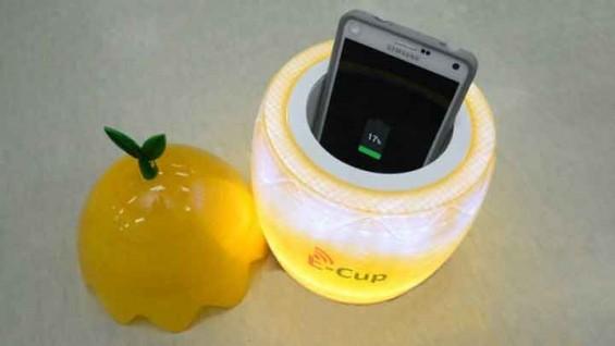카페 들어서면 스마트폰 자동 충전… '와이파워' 현실화 되나