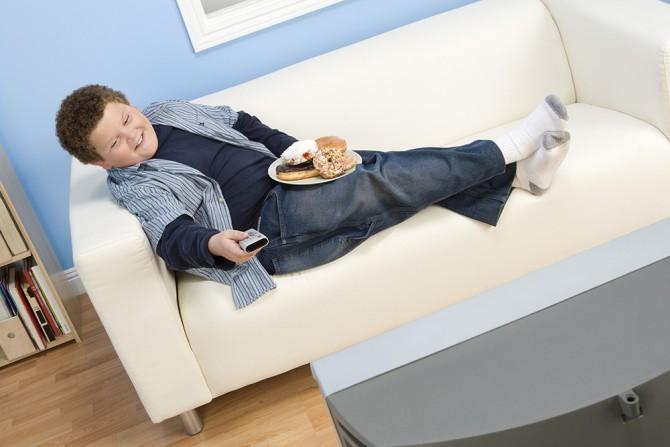 아이의 식습관과 생활에 대해 부모만 교육해도 아이에 비만도는 낮출 수 있다는 연구가 나왔다. - GIB 제공