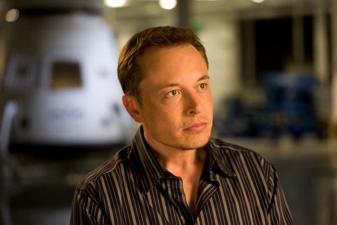 언뜻 보면 평범한 중년 남성이다. 그러나 엔론 머스크(Elon Musk)는 스탠퍼드 대학에 대학원 과정에 입학한 후, 단 이틀만에 학교를 때려치우고 페이팔, 스페이스 X, 테슬라 등을 설립했다. 현재 화성 식민지를 건설하는 프로젝트에 주력하고 있다. 개인 재산은 약 17조원이다. 분명 바비의 잘생긴 남자친구 켄보다, 더 '매력적'이다. - OnInnovation(F) 제공
