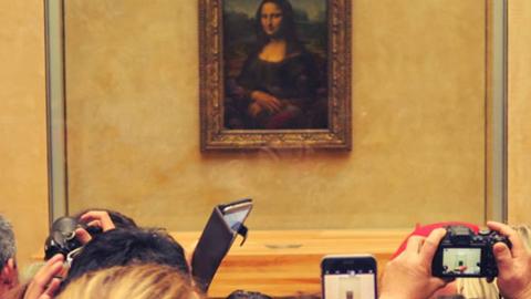 루브르 박물관, 모나리자 앞의 풍경 '화제'