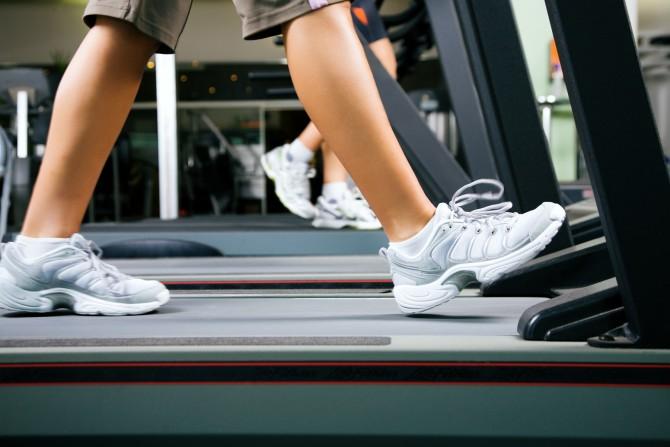 러닝머신이나 고정된 사이클을 이용한 지루한(인지력을 요구하지 않는) 운동은 뇌 기능 향상에는 큰 도움이 되지 않는다. 그러나 운동 직후 머리를 쓰는 활동을 하면 인지력 향상에 시너지 효과를 내는 것으로 나타났다. - GIB 제공