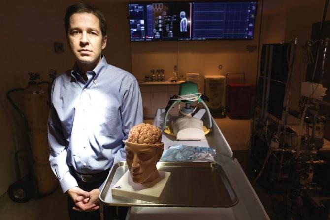 죽은 이들의 두뇌만 냉동 보관하는 오레곤 크라이어닉스의 CEO 조던 스파크스