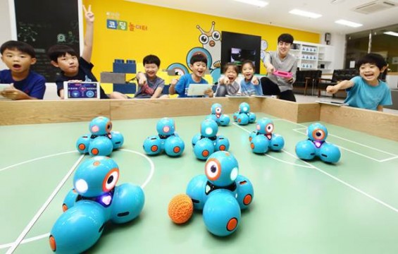 로봇 코딩, 여기서 해 봐요...로보랑 코딩 놀이터 오픈