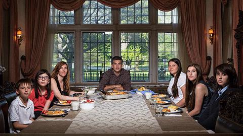 이상적 가족의 저녁식사는 없다