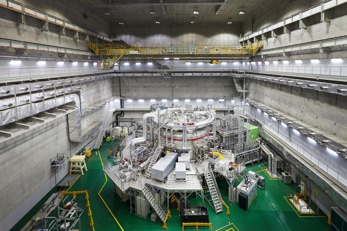 KSTAR 외부 전경 - 국가핵융합연구소 제공