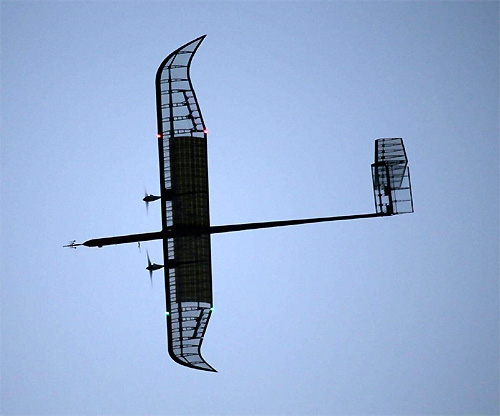 한국항공우주연구원(항우연)에서 자체 개발한 성층권 드론 'EAV-3'. 항우연 연구진은 2016년 이 비행기를 18.5km 고도에서 90분 동안 비행시키는 데 성공했으나 올해는 시험비행을 취소했다. - 한국항공우주연구원 제공