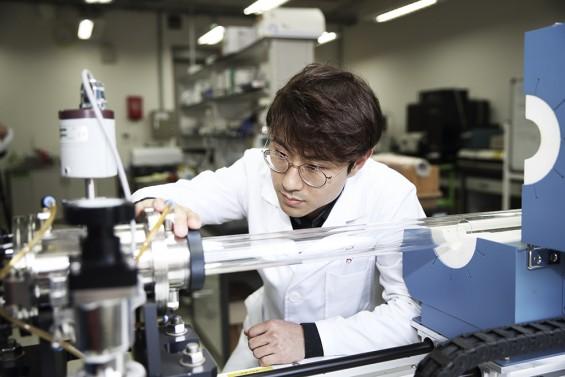 방사선 막는 '초경량 미래 우주복' 등 첨단소재 연구 활기