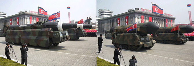 2017년 4월 15일 태양절 열병식에서 공개한 미사일. 중거리 무수단 미사일(왼쪽)과 ICBM급 'KN-14'의 탄두 모양을 보면 KN-14가 월등히 둥글고 큰 것을 확인할 수 있다. - 노동신문 제공