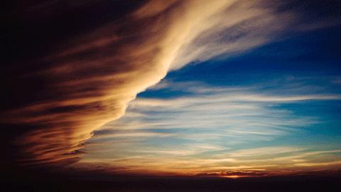 몽롱한 판타지 구름