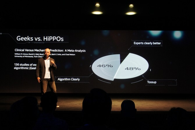 긱(Geek)과 히포(HiPPO), 데이터와 직관의 대결, 앤드류 맥아피 MIT 교수 - 최호섭 제공