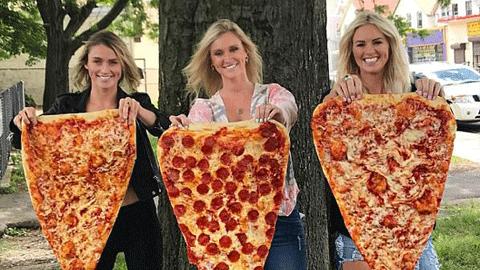 뉴욕의 작은 담요 같은 피자 '화제'