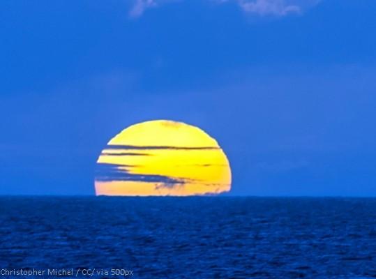 카리브 해의 노란 태양