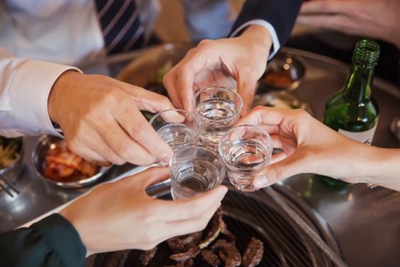 [강석기의 과학카페] 술이 안 받는 사람은 안 먹는 게 낫다!