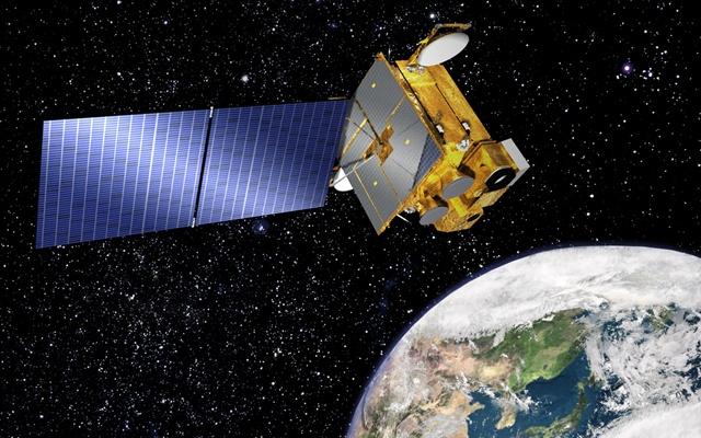 천리안 1호 위성의 상상도. 고도 3만6000km의 정지궤도에서 2010년부터 지상, 해양 관측과 통신 서비스 임무를 수행해 왔다. - 한국항공우주연구원 제공