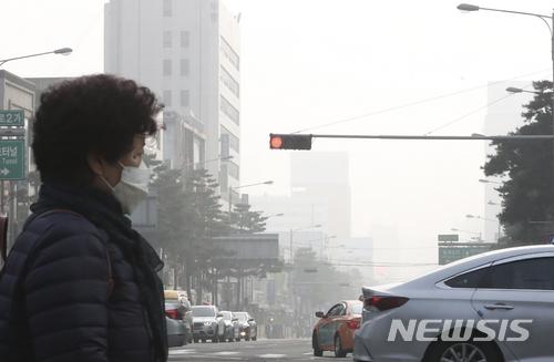 노후 경유차 진입 막아 미세먼지 줄인다는 서울시