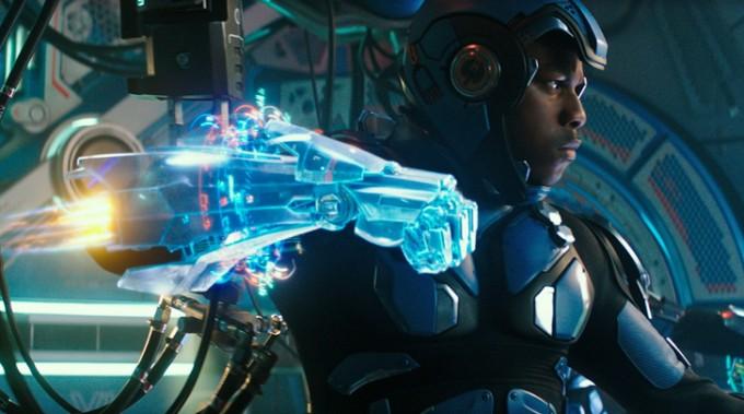 영화 퍼시픽 림에서 파일럿이 로봇 '예거'를 조종하는 장면. 파일럿은 가상현실 장치 속에서 입체영상을 보며 자신도 격투를 벌인다. 그 동작을 로봇이 그대로 따라 움직인다.