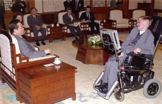 [호킹, 별이 되어 떠나다] 한국 과학자들이 기억하는 호킹 박사