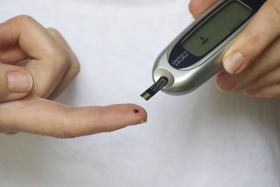 적혈구를 '필터'로...고성능 혈당측정기 개발