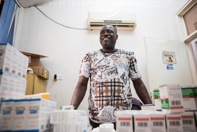 레드의 지원을 받고 있는 가나의 테마 종합 병원(Tema General Hospital) - 최호섭 제공