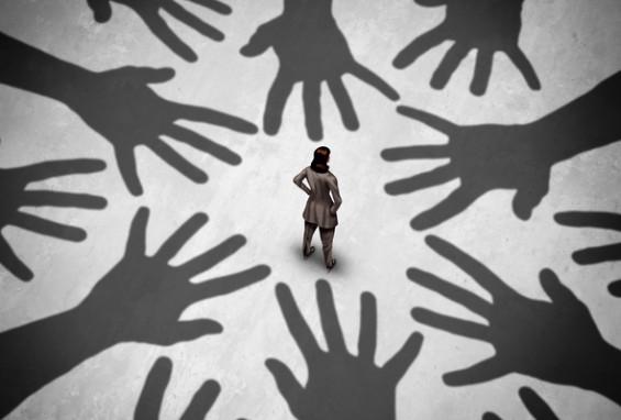 [지뇽뇽 사회심리학]'홍대 누드모델 셀카' 사건에 주목하는 또다른 이유